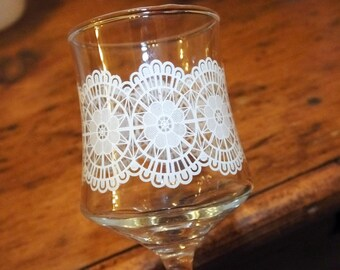 Vintage set of 6 lace print snowflake Christmas sherry glasses schooner glassware liqueur