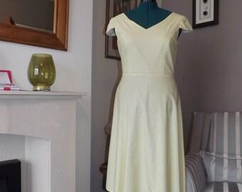 Lovely Yellow/ Black Polka Dot Vintage Handmade Dress UK 14