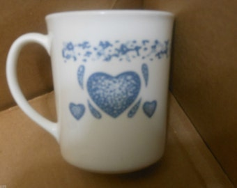 Vintage Corelle Corning Ware Blue Hearts Sponge Coffee Tea Mugs