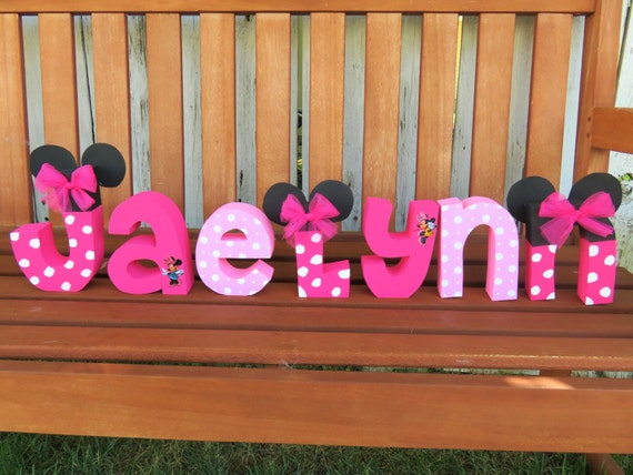 Custom made minnie mouse wood name letters wood letters for Decoration chambre minnie