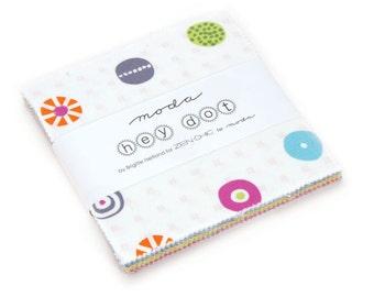 Zen Chic Hey Dot Charm 5 inch Square Pack Quilting Cotton Fabric Moda Fabrics, UK Seller