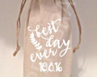 Wedding Wine Bags, Wedding Gift Ideas, Wedding Favor Ideas, Wedding Gift, Wedding Shower Gift Ideas, Wine Bags, Wine Gift Bags, Wine Totes