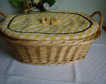 Basket woven rattan, lined fabrics with quilted cover, hand made vintage. 1980