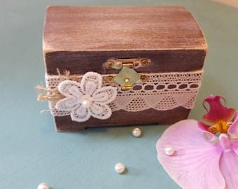 Ring Bearer Box Wedding/Engagement  Ring Box Ring Holder Custom Wooden Box Shabby Chic Rustic