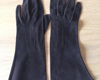Women's vintage 1950's Brown gloves
