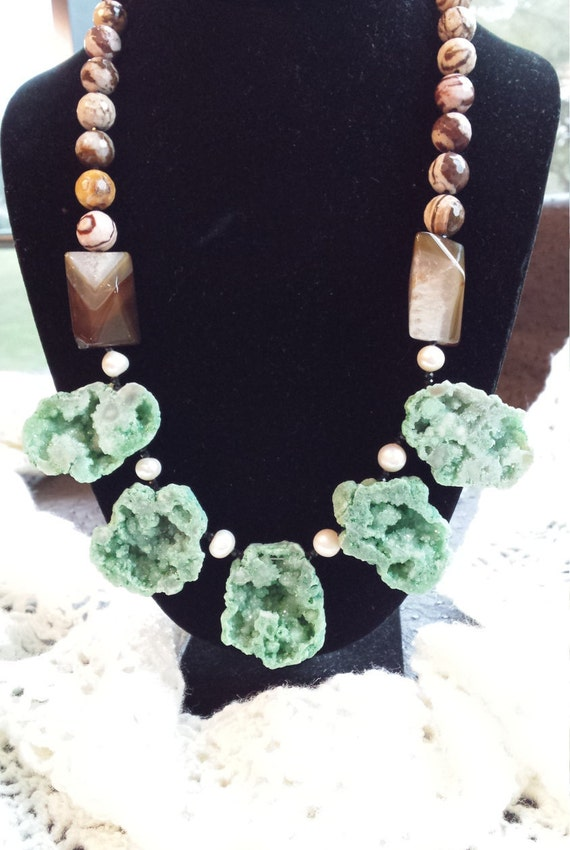 One strand beaded faceted jasper, freshwater pearl and pyramid onyx