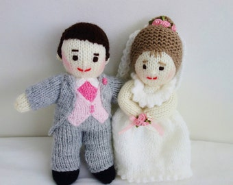 Hand Knitted Bride and Groom Dolls - Wedding Gift - Knit Mr & Mrs Dolls - Size 8 Inches - 20cm (MADE TO ORDER)