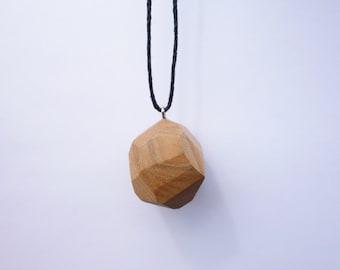 TERRILL TACTILE Medium Elm Random Faceted Necklace