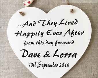 Personalised Happily Ever After Heart Wooden Card Gift Sign Wedding Plaque W15