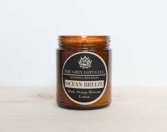 Ocean Breeze Candle || Hand Poured || Organic Soy Wax // Amber Glass Jar