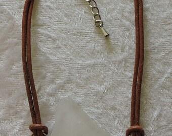 Sea glass and leather bracelet, Sea Glass Jewelry, Genuine Sea Glass Bracelet Jewellery, White Sea Glass, Beach Glass Jewellery, B005