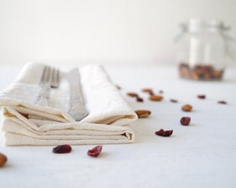 Organic cotton cloth napkins set of 6, 14''x14''. Christmas holiday cocktail napkins. White tableware. Rustic wedding décor. Table linens