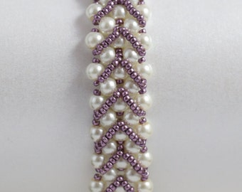 Dainty Ivory Pearl and Lilac Seed Bead Bracelet