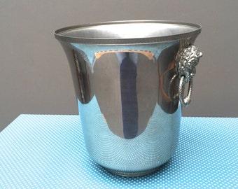 Champagne bucket. Champagne bucket. France. Bucket cube. Ice bucket.