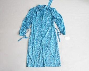 70s floral dress | blue floral dress | secretary dress