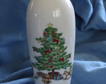 Vintage Shibata Porcelain Bud Vase