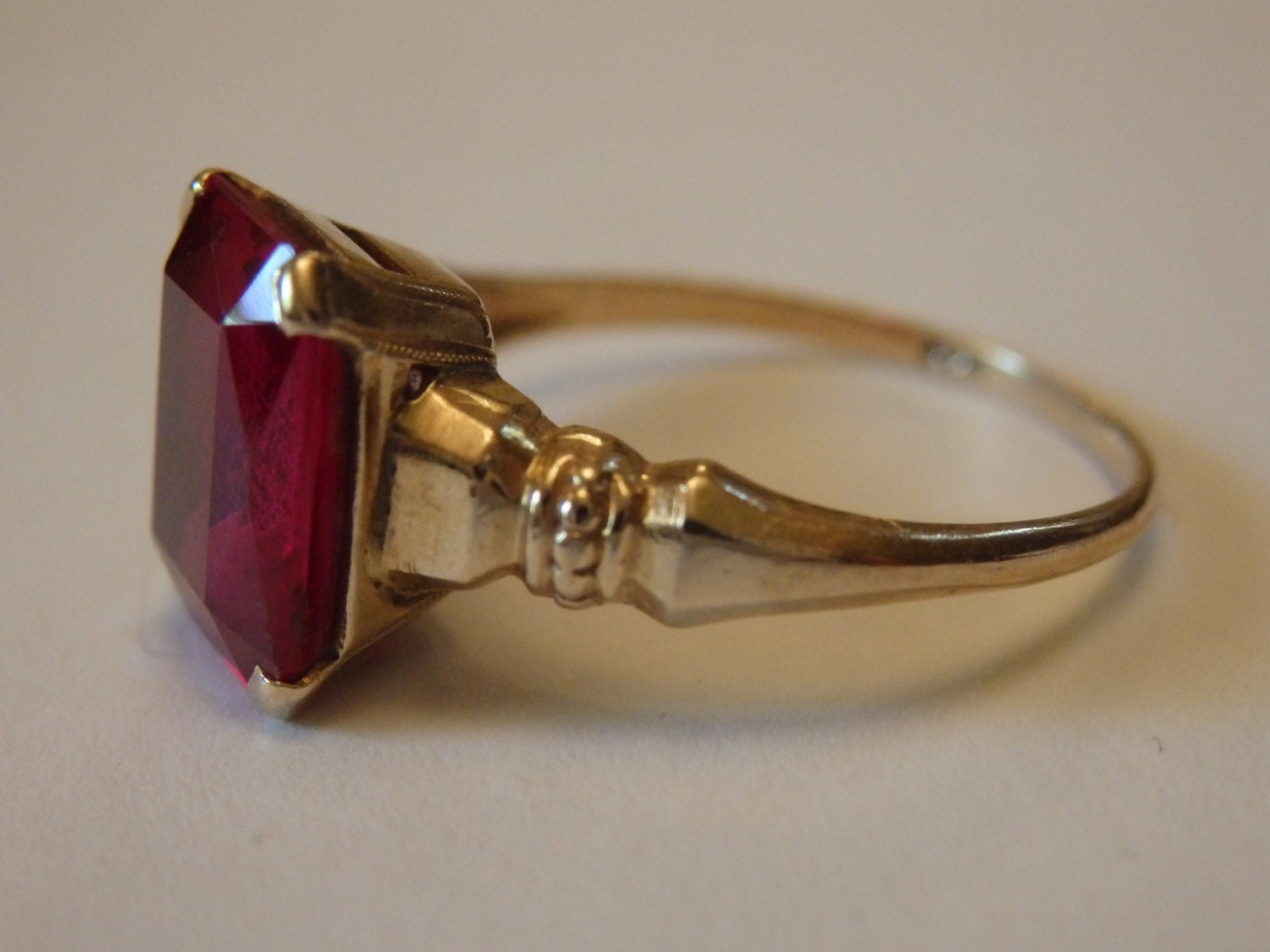antique vintage ruby yellow gold ring size 6