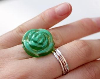 Glitter Rose Resin Ring - Statement Ring - Glitter Ring - Adjustable Ring - Flower Ring - Green Ring - Resin Jewellery