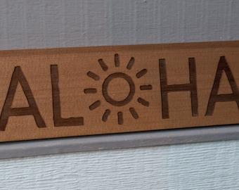 """Cedar Wood Sign """"Aloha"""""""