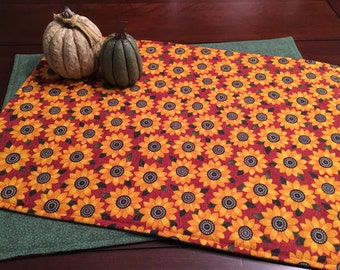 Sunflower Placemats - Set of 4 Placemats - Fall Placemats - Autumn Placemats - Green Placemats - Thanksgiving Placemats
