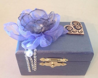 Collectable Rustic Ring Box
