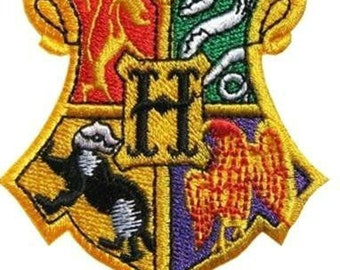 Harry Potter Patch Hogwarts School Crest Fully Embroidered Iron on Badge Costume Applique Motif Wizard Hogwarts Insignia Bag Hat Souvenir