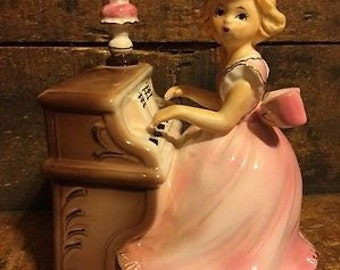 ADORABLE Vintage Girl Playing Piano Figurine Music Box Pink Gold Dress