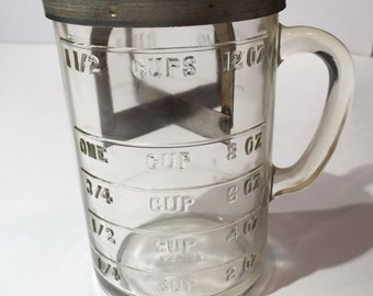 Pamco Measuring Cup Chopper, Vintage 1940s Food Chopper with Measuring Cup, Glass Measuring Cup, Nut Chopper, Retro Kitchenware