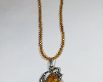 Amber pendant and necklace