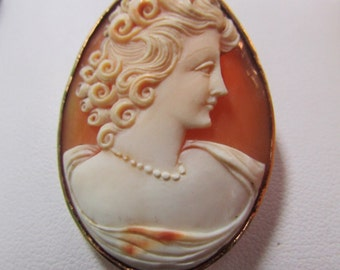 Vintage 14k cameo pin pendant high relief