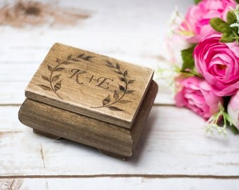 Personalized Ring Box Moss Rustic Wedding Ring bearer Wooden Ring Box Country Wedding Leaves Branches