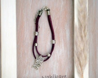 Bracelets charms butterflies / butterflies - Boho - purple, grey and black suede...-suede in grey, black, violet, yellow...-ethnic style