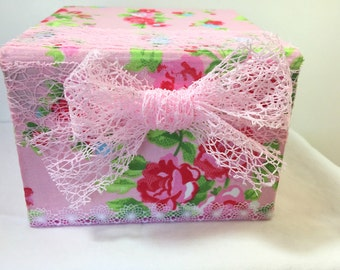 box/carton/romantic/flowers pink and red, fancy, lace, fact hand/recycled carton / gift/Christmas/customizable gift idea