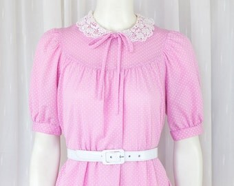 Super cute pink polka dot vintage dress with lace color