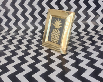 """Petite Perfection~Brass Finish~Beveled Edge~2""""x3""""~Vintage Picture Frame~Gold"""