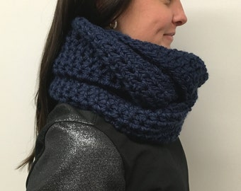 Solid Cowl: Navy