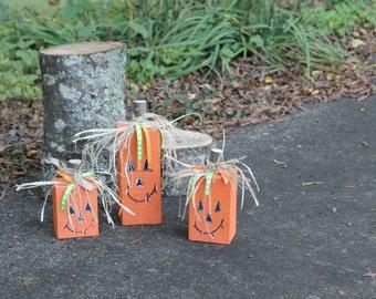 Little Wooden Pumpkin Set