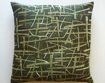 Decorative Pillow Cover. 18x18. Accent Pillow Cover. Throw Pillow Cover. Sofa Pillow. Dark Green. Green. Brownish. Gold. Pattern.