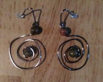 Spiral Bead Wire Earring