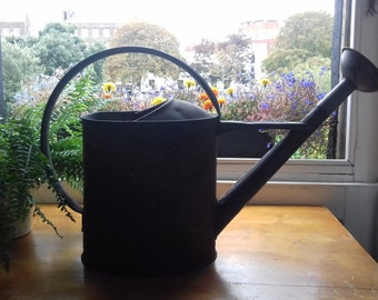 Lovely vintage large 10L French watering can