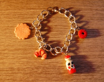 Bracelet with pendants of polymer clay cakes