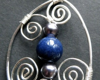 Lapis lazuli necklace with silver wirework