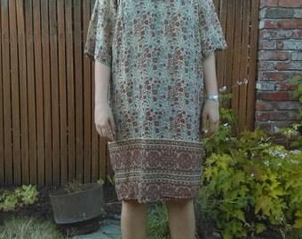 1970s Kaiser Indian cotton brown floral dress // small-medium