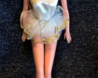Vintage 1970 Ballerina Barbie in original tutu