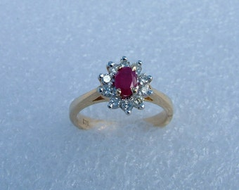 Gold diamond and Ruby ring-Kate Middleton ring-gold ring-ruby ring-diamond ring