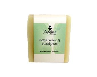 Peppermint & Eucalyptus soap, Vegan Soap, Natural Soap, Cold Procees Soap, Organic Soap, Handmade Soap, Bar soap, 5 onz. Aprox