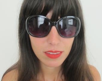 Vintage 70s Unique Black Sunglasses