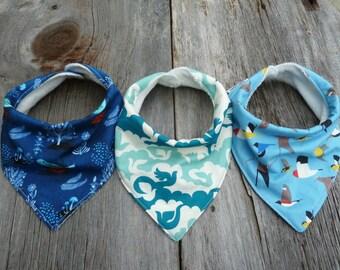 Organic bandana bib, Birds baby boy, Drool bib, Teething bib, Newborn boy gift, Baby shower gift, Newborn gift, Modern baby bib, Birds