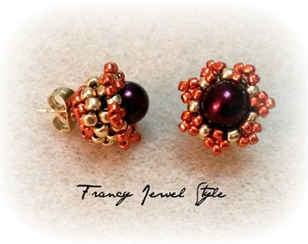Coloring Gold stud earrings and Bordeaux