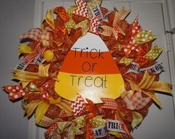 Candy Corn Wreath, Halloween Wreath, Halloween Door Hanger, Candy Corn Door Hanger, Halloween Door Decor, Candy Corn Door Decor